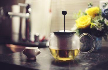 Утолить жажду в жару: топ-3 рецепта полезного чая