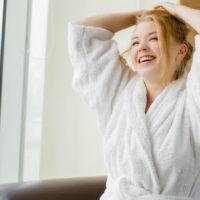 5 уютных халатов, которые захочется носить целый день