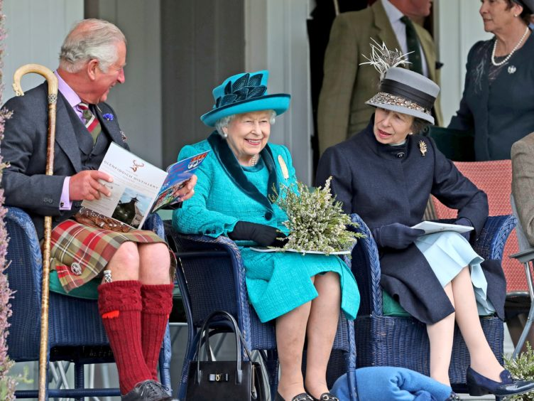 Королева Великобритании стала поклонницей пряного карибского супа