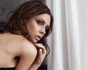 Полуобнаженная Виктория Бекхэм снялась для немецкого Vogue