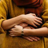 Ульяна Супрун объяснила пользу прикосновений и обьятий
