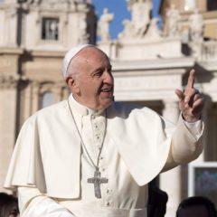 """""""Никаких табу"""": Папа Римский сделал откровенное заявление о сексе"""