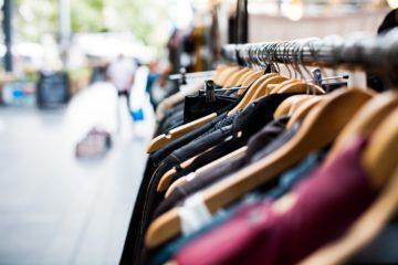 В Испании предложили брать плату за примерку одежды