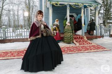 Ольга Сумская мечтает создать коллекцию с картинами отца