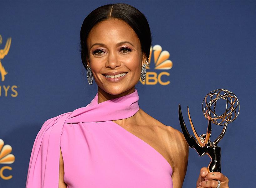 Emmy Awards 2018: лучшие наряды знаменитостей