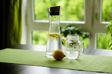Диетолог рассказала, какую воду нужно пить
