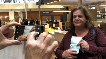 В Нидерландах впервые выдали гендерно-нейтральный паспорт