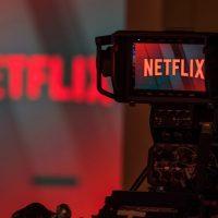 Netflix разрешит зрителям влиять на концовку и сюжет сериалов