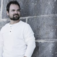 Пострадавший в ДТП музыкант Диля получил 100 тысяч гривен компенсации