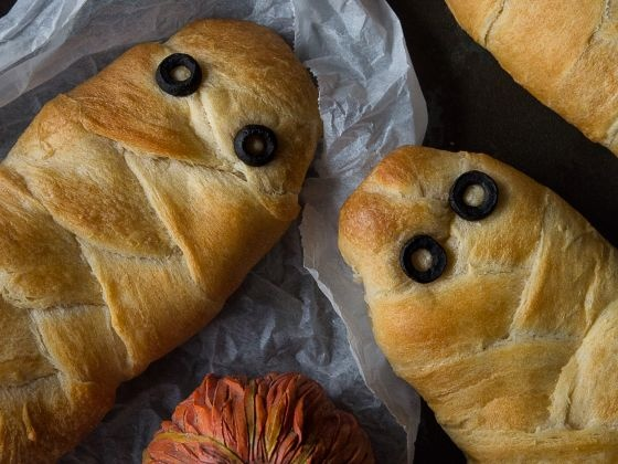 "Необычное угощение на Хэллоуин: ""Пирог-мумия"""