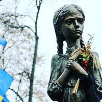 Украина почтила память жертв голодоморов