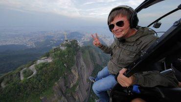 Телеведущий Дмитрий Комаров пытался провезти наркотики в Бразилии