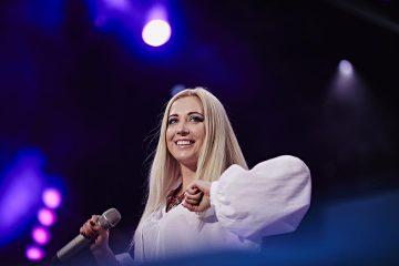 Тоня Матвиенко милым видео поздравила дочь с 20-летием