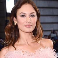 Актриса Ольга Куриленко выложила фото без макияжа