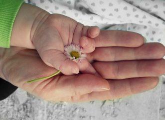 """""""Детский язык"""": Ульяна Супрун советует сюсюкать с малышами"""