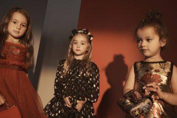 Dolce & Gabanna представили рождественскую коллекцию одежды для детей