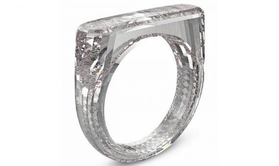 Теперь и украшения: дизайнер Apple создал обручальное кольцо