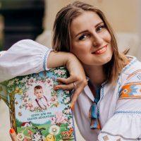 """Писательница Галина Будилова: """"Родители могут запрограммировать ребенка на успех"""""""