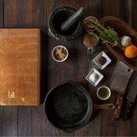 Праздник с акцентом: топ-5 кулинарных книг с рецептами для особых случаев