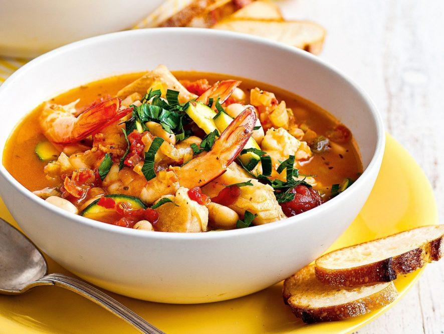 Суп с морепродуктами по-испански