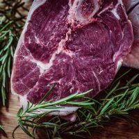 Как правильно выбирать мясо в кафе: совет диетолога