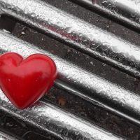 """""""Крюки"""": секс-блогер объяснила, как цепляют на ревность"""