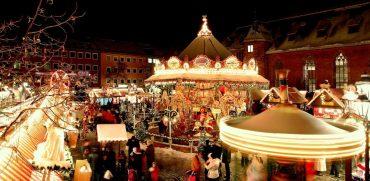 Вкусный глинтвейн и колбаски: в Нюрнберге открылась рождественская ярмарка