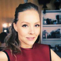 Алена Шоптенко поделилась, как проходит ее день на карантине