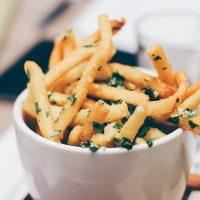 """Гарвардский ученый назвал """"безопасную"""" порцию картошки фри"""