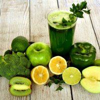 Диетолог рассказала, чем зимой заменить свежие овощи и фрукты
