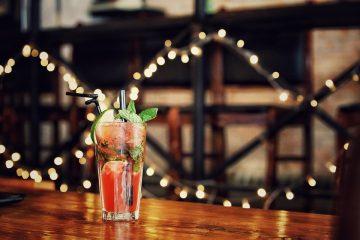 Чем угостить гостей: топ-5 новогодних коктейлей, для запоминающейся вечеринки