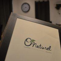 """В Париже закрывают первый нудистский ресторан """"O'naturel"""""""
