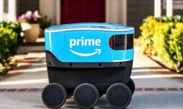 Сервис Amazon тестирует роботов-курьеров для доставки посылок