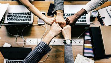 От создателей Tinder: новое приложение позволит подбирать свидания вместе с друзьями