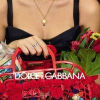 Пластиковые сумки и модные очки: Dolce & Gabbana сняли рекламный кампейн на рынке