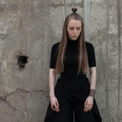 """""""Трансформации - наша основная концепция"""": Ирина Джус об этичной моде и минималистичном шопинге"""