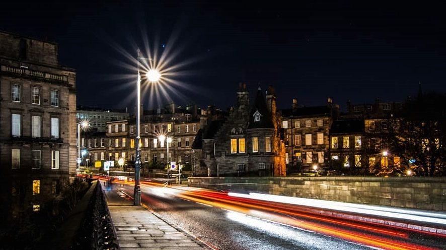 Эдинбург первым в Великобритании решил ввести туристический сбор
