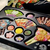 Японки взбунтовались против традиции поздравлять коллег в День влюбленных