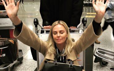 Звездная блондинка Шарлиз Терон в телеинтервью призналась, что сейчас свободна