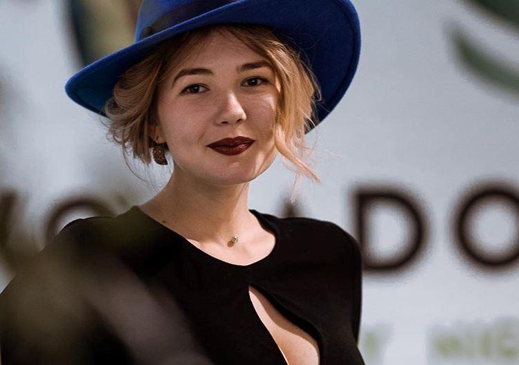 """Участница """"Модель XL"""" Оля Евса рассказала о работе, ошибках в стиле и сотрудничестве с Андре Таном"""