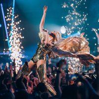 """Корова ночи"": Полякова с юмором отреагировала на испорченную афишу ее концерта"