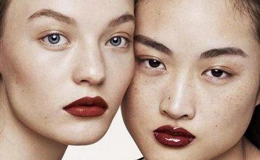 Китайцев оскорбила модель с веснушками в рекламе Zara