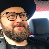 DZIDZIO показал, как выглядел без фирменной бороды