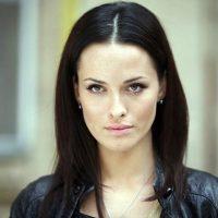 """""""Это не первый опыт"""": Астафьева прокомментировала откровенный поцелуй с Поляковой"""