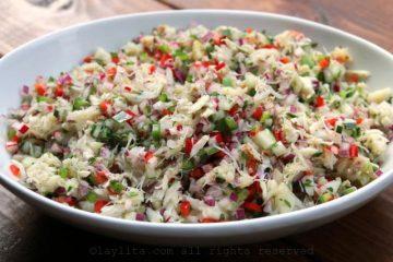 Великий пост: салат с морской капустой и крабовыми палочками