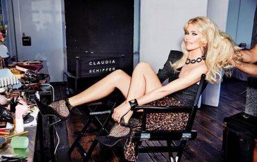 Клаудия Шиффер снялась для обложки китайского Vogue