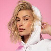 Хейли Бибер запускает собственный бренд косметики