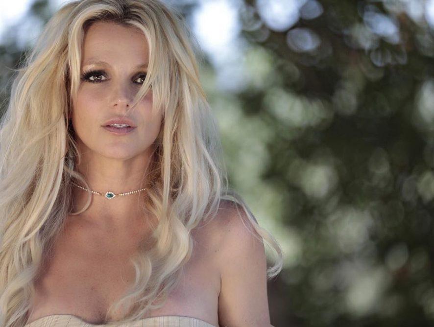 Отец Бритни Спирс официально отказался быть ее опекуном