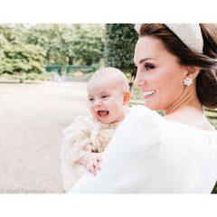 Принцу Луи год: Кейт Миддлтон опубликовала трогательные снимки сына
