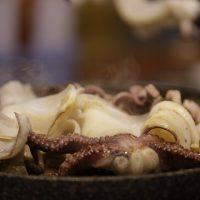 Великий пост: легкий салат с кальмарами